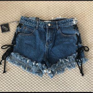 "ZAFUL distressed denim shorts size ""XL"" (actual 6)"
